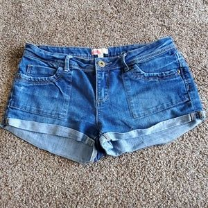 🛍 Forever 21 jean shorts